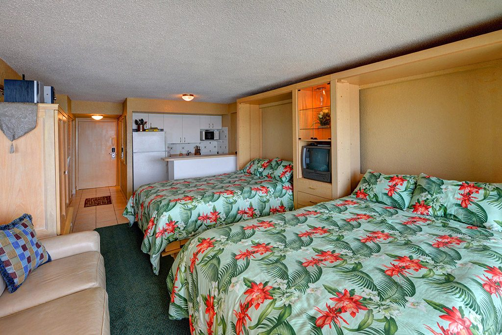 Hawaiian Inn 436
